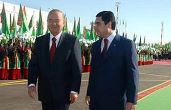 Ислам Каримов отправляется в Туркменистан с официальным визитом