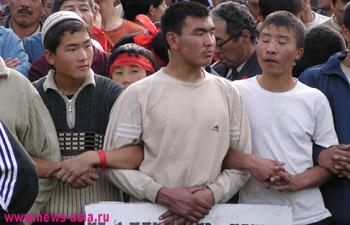В Киргизии за перекрытие дорог теперь будут сажать в тюрьму