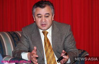 Киргизская оппозиция выдвинула кандидатом в президенты арестованного Омурбека Текебаева