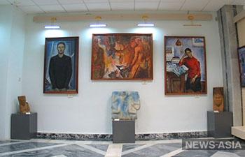 Выставка узбекского музея Савицкого в Москве продлена по просьбам посетителей
