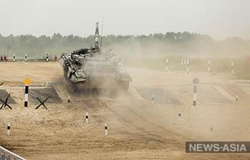 В Подмосковье проводится Танковый биатлон-2017
