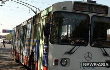 Страсти по транспорту: повышение цен на проезд в бишкекском на общественном транспорте вновь отложено