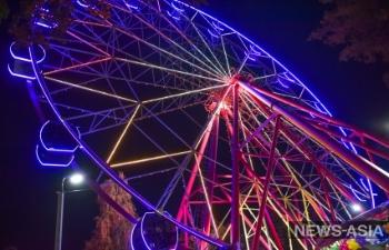 Талисман столицы: новое колесо обозрения в бишкекском парке Панфилова стало подарком для горожан