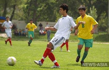 Погранвойска Киргизии устроили спортивные соревнования