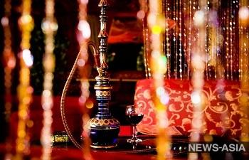 В Таджикистане запрещают сигареты и кальяны