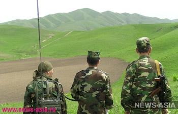 Российские военнослужащие в Таджикистане переоделись в новую форму