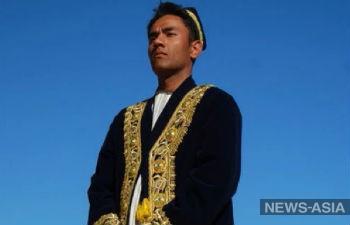 И до депутатов добрались: в Узбекистане предлагают обязать народоизбранников носить национальную одежду