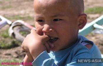 В небольшом селе Киргизии дети много лет играли с токсичным песком
