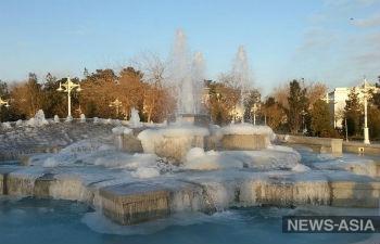 Туркменистанцы греются, разводя костры в домах: в страну пришли аномальные морозы
