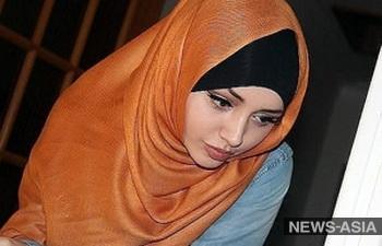 В Минобрнауки Киргизии считают, что в учебных заведениях ношение хиджаба как «религиозного атрибута» не предусмотрено
