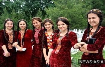 Как президенты стран Центральной Азии поздравляют женщин с Международным женским днем?