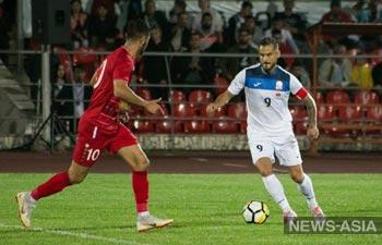 Футболисты Киргизии порадовали болельщиков домашними играми