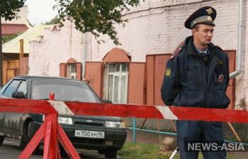 В Москве хулиганы разбили дорогие машины на автостоянке