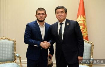 Сооронбай Жээнбеков встретился с дагестанским «Орлом»