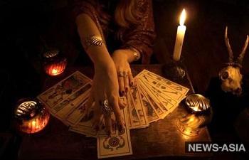 В ожидании чуда - как гадалки и колдуны к Новому Году и на Святки зарабатывают?