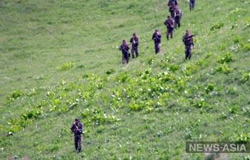 На границе Таджикистана с Афганистаном наблюдается скопление боевиков
