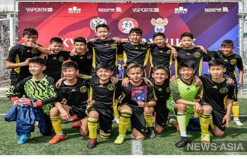 Юные кыргызстанцы выиграли международный турнир по футболу