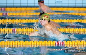 Кыргызстанцы успешно выступили на чемпионате Белоруссии по плаванию