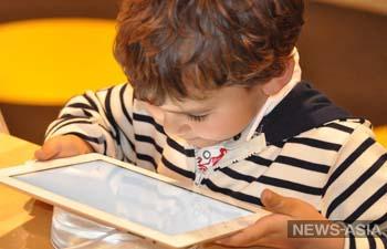 Кыргызстанцы могут самостоятельно обеспечить безопасность детей в Интернете. Как?