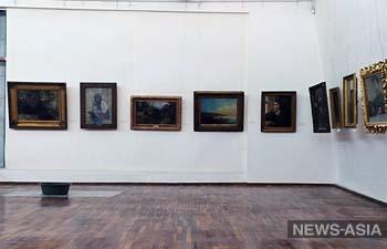 В бишкекском КНМИИ имени Г.Айтиева протекает потолок (фото)