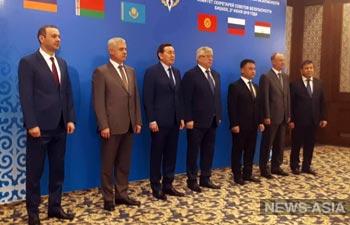 В Кыргызстан прибыли секретари ОДКБ