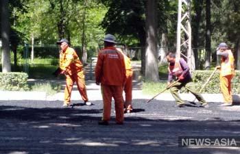 Бишкек ликвидирует последствия ремонта дорог по проекту «Развитие улично-дорожной сети города Бишкек»