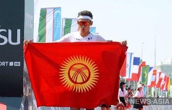 Триатлет из Кыргызстана выиграл золото международной гонки в Нур-Султане