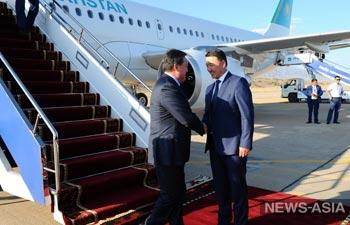 Премьер-министр Казахстана Аскар Мамин с рабочим визитом прибыл в Кыргызстан