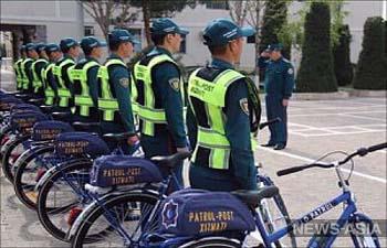 Полиция на эковелосипедах начинает работу в Туркменистане