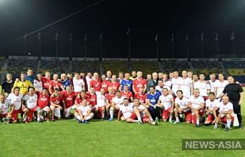 В Узбекистане легенды советского футбола сыграли матч в память о «Пахтакоре-79»