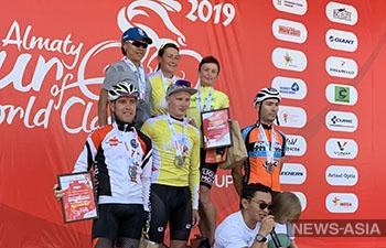 Спортсмены из Кыргызстана стали победителями на велогонке в Алмате