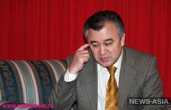 Омурбек Текебаев: «Конфликт между действующим и бывшим президентами оказался общественно полезным»