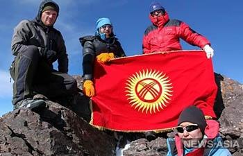 В честь Турдакуна Усубалиева назвали одну из вершин Кыргызского хребта