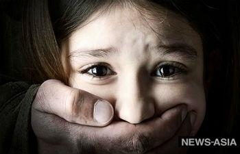 В Казахстане во время урока географии изнасиловали школьницу