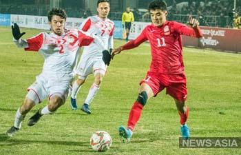 Отбор ЧМ-2022: матч Кыргызстан-Таджикистан завершился ничьей и потасовкой