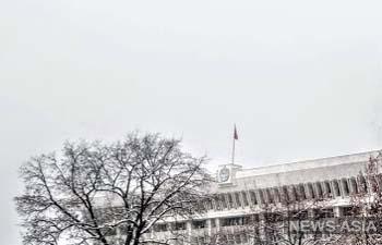 Ветераны МВД Кыргызстана выступили в защиту Алмазбека Атамбаева