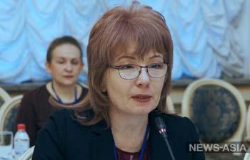 Евгения Строкова: «Правительству и мэрии удобно заискивать перед родителями школьников»