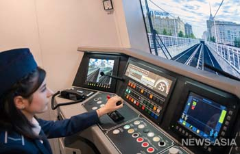 Россиянкам разрешили работать машинистами электропоезда в метрополитене