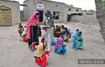 Без школьного образования в Пакистане остались 22,8 миллионов детей