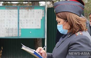 В Бишкеке из дома можно выйти лишь по трем причинам