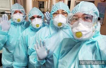 Перерабатывала без СИЗ: что рассказала инфицированная коронавирусом врач из Казахстана