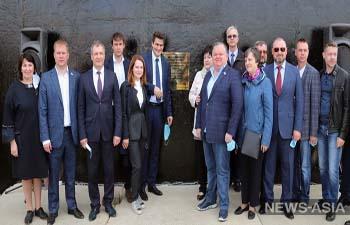 Руководство Екатеринбурга показало пример несоблюдения карантинного режима