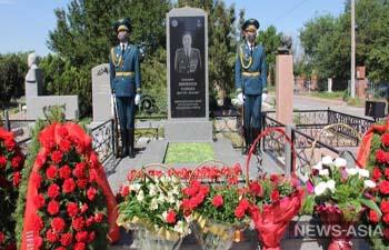 В Кыргызстане установили памятник замкому «Альфы», погибшему в Кой-Таше