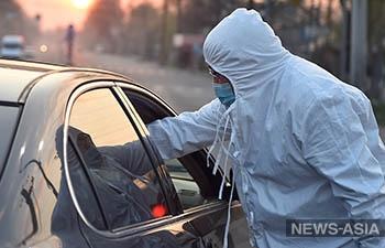 В Урумчи режим военного положения, всех горожан массово тестируют на вирус