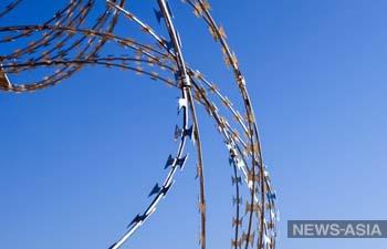 В Душанбе задержали подозреваемую в крупной краже страз и тканей