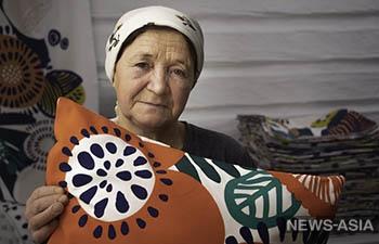В Екатеринбурга появилась коллекция, изготовленная жителями деревни Малый Турыш