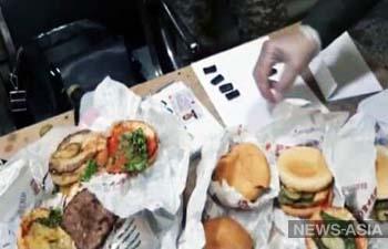 В кыргызский СИЗО пытались пронести гамбургеры с гашишем