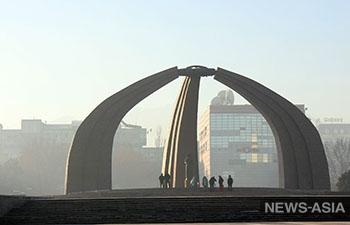 Наблюдатели от МПА СНГ почтили память героев Кыргызстана