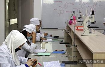 Зачем в Кыргызстане уничтожают один из лучших медицинских университетов?