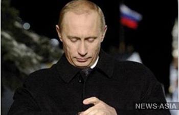 Владимир Путин поздравил народы СНГ с Днем Победы
